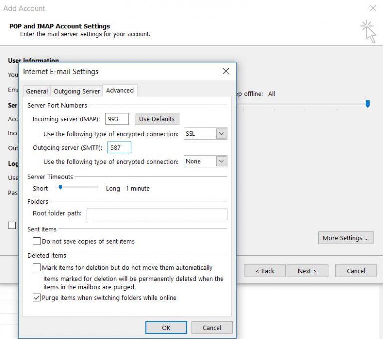 Configuración de servidores y números de puerto en Microsoft Outlook 2013.
