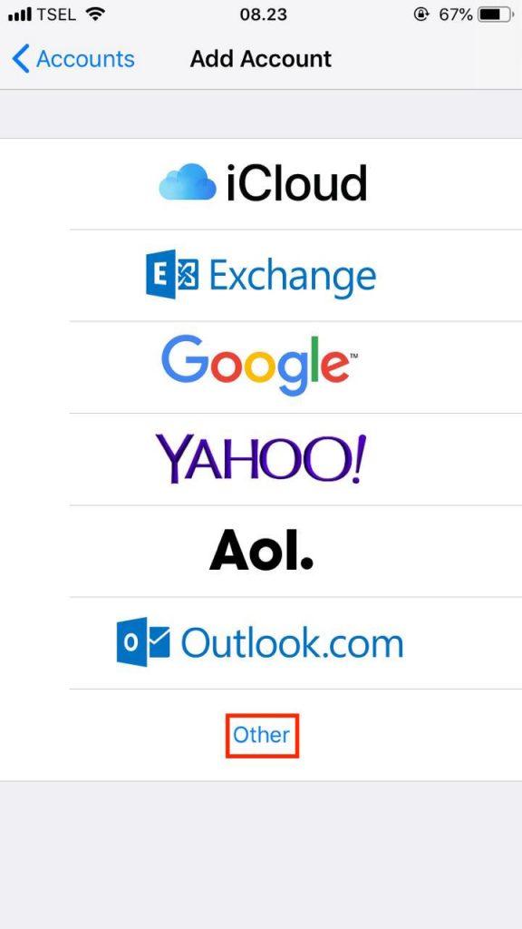 Elegir la opción Otro para crear una cuenta de correo personalizada en iOS