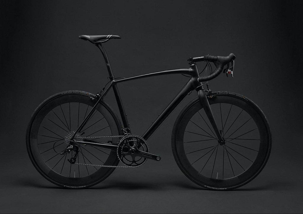 Fotografía al nivel de los ojos de bicicleta
